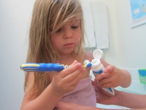 Brushing Toddler Teeth: Easier With Aquafresh Training Toothpaste